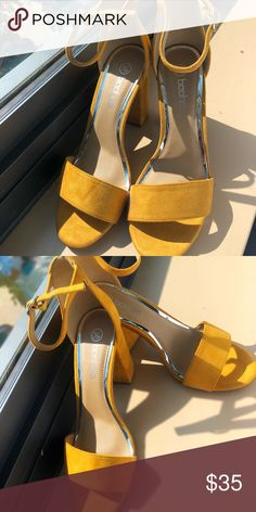85b454dc439 Shop Women s Boohoo Yellow Gold size 8 Sandals at a discounted price at  Poshmark. Boohoo size 8 but fits like a Sold by Fast delivery