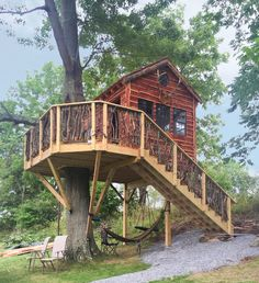 Treehouse Cabin - 13