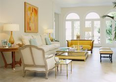 another sophisticated living room from Dallas designer Jan Showers {source: Jan Showers}