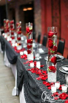 60 Great Unique Wedding Centerpiece Ideas Like No Other red rose wedding centerpieces Red Rose Wedding, Wedding Colors, Wedding Flowers, Black Red Wedding, Green Wedding, Gray Weddings, Unique Weddings, Red And White Weddings, Wedding Unique