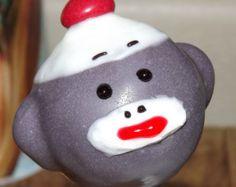 Sock Monkey Cake Pops #EdibleSockMonkeys