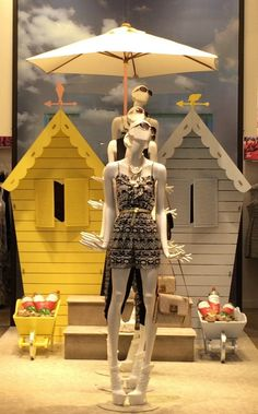 Bonami #Fashion Queens #mannequins in Oasis Argyle Street.  @oasis Fashion…
