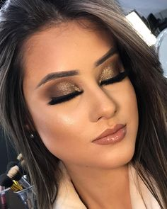first date makeup Kiss Makeup, Glam Makeup, Bridal Makeup, Wedding Makeup, Makeup Cosmetics, Beauty Makeup, Hair Makeup, Stunning Makeup, Flawless Makeup