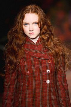 When she first stepped onto the runway, Lily Cole started a redhead revolution!   - ELLE.com