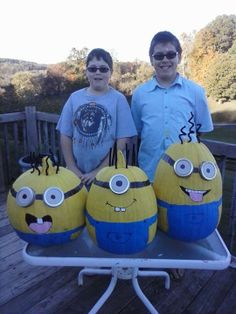 Pumpkins painted as Minions.