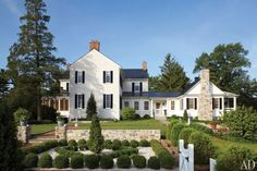 Elizabeth Locke's Federal-Style Virginia Farmhouse : Architectural Digest by William Duane Horton