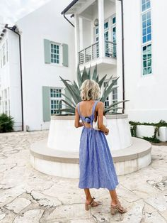 Summer Fashion Trends, Summer Fashion Outfits, What I Wore, What To Wear, Best Swimsuits, Striped Midi Dress, Dress And Heels, Fashion 2020, Summer Looks