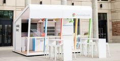 Chromebook lending kiosks coming to US colleges. Test one out [for up to three days] and see what the hype is all about! #Retail #PopUp #Innovation #TargetMarket