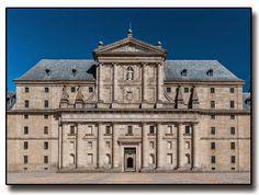 Front facade of the Monastery of Saint Lawrence - San Lorenzo de El Escorial, Spain. Spanish Architecture, Renaissance Architecture, Escorial Madrid, Solomons Temple, France, Capital City, Facade, Cathedral, Spain