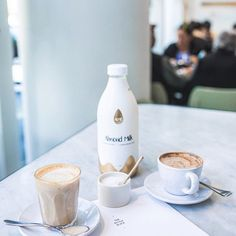 The Kettle may be Black but the is deliciously white 😋🥛☕️ Add a splash to your coffee to help get you through the day! Almond Milk Coffee, Milk Brands, Kettle, Photo And Video, Tableware, Black, Instagram, Tea Pot, Dinnerware