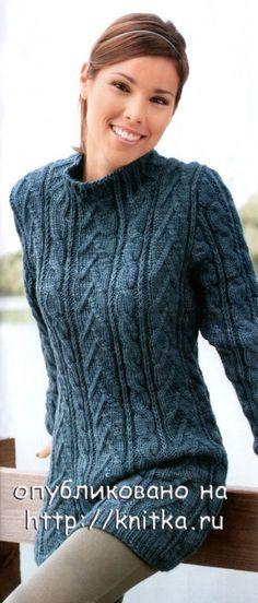 Длинный свитер-платье, связанный спицами