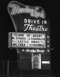 1951 Vintage Drive In Movie Screen Cinema Outdoor Theater Concession Stand Photo Drive In Movie Theater, Outdoor Theater, Outdoor Cinema, Kino Film, Graffiti, Old Signs, The Good Old Days, Old Movies, Vintage Signs