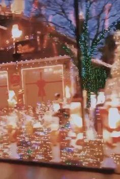 Cosy Christmas, Christmas Feeling, Christmas Wonderland, Christmas Room, Merry Little Christmas, Christmas Music, All Things Christmas, Christmas Videos, Christmas Aesthetic