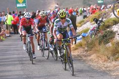 Esteban Chaves pressing the attack on the final climb of the Vuelta a España's 14th stage