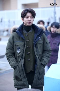 01. Kim SHin - Gong Yoo capture moment in the winter freezing day source from NAVER