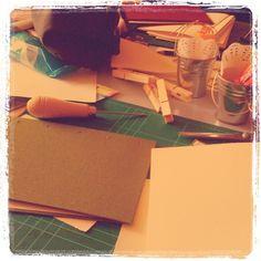 Fem Scrap V enquadernació en procés! by Racó de la Immaculada, via Flickr