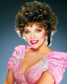 joan collins dynasty, Eighties icon Der Denver Clan, Dame Joan Collins, Star Wars, Elizabeth Taylor, Curled Hairstyles, Classic Hollywood, Actors & Actresses, British Actresses, Movie Stars