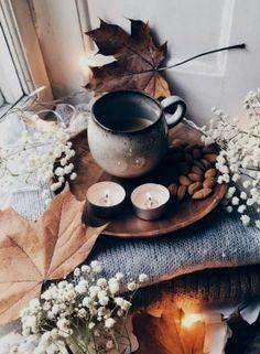 Herfstsfeer!!!!! Autumn Cozy, Fall Winter, Fall Inspiration, Deco Nature, Autumn Aesthetic, Cosy Aesthetic, Pink Aesthetic, Best Seasons, Fall Season