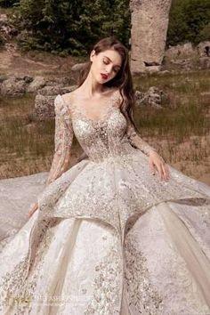 Julia Kontogruni 2021 Spring Bridal Collection – The FashionBrides Most Beautiful Wedding Dresses, Luxury Wedding Dress, Dream Wedding Dresses, Lovely Dresses, Bridal Dresses, Designer Party Dresses, Queen, Lace Weddings, Ball Dresses