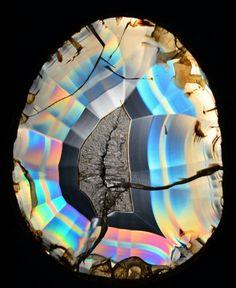 Montana Rainbow Iris Agate