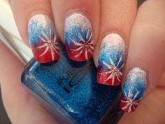 Easy DIY 4th of July Nail Art Ideas | Makeup Tutorials http://makeuptutorials.com/17-ideas-for-4th-of-july-nails