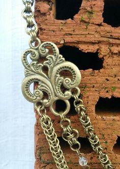 Sieh dir dieses Produkt an in meinem Etsy-Shop https://www.etsy.com/de/listing/520547373/elegantes-collier-mit-drei-reihen-und