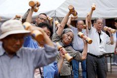 Japón celebra el día del respeto a los ancianos. Visite nuestra página y sea parte de nuestra conversación: http://www.namnewsnetwork.org/v3/spanish/index.php #nnn #bernama #malasia #malaysia #japon #japan #ancianos #terceraedad #noticias #respect #respeto