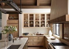 Dark, light, oak, maple, cherry cabinetry and raw wood kitchen cabinet doors. CHECK THE PICTURE for Lots of Wood Kitchen Cabinets. Rustic Kitchen Design, Home Decor Kitchen, Interior Design Living Room, Modern Rustic Kitchens, Wooden Kitchens, Interior Livingroom, Kitchen Ideas, Küchen Design, Layout Design