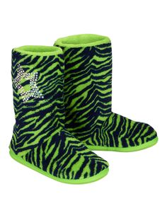 Help her kick it in style with girls' boots at Justice. Shop a variety of boots for girls, including ankle boots, combat boots, fringe & cowboy styles & more. Justice Shoes, Justice Clothing, Kids Slippers, Slippers For Girls, Vans Boots, Shoe Boots, Ugg Boots, Little Girl Shoes, Girls Shoes