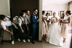 Dicas para ser um bom padrinho de casamento Bridesmaid Dresses, Wedding Dresses, Fashion, Wedding Website, Best Man Wedding, Warm Fuzzies, Dresses For Beach Wedding, Groom And Groomsmen, First Night Romance