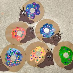 Kindergarten read Norman the Slug with the Silly Shell by Sue Hendra and made their own Normans! (Very cute read if you are not familiar with it! Preschool Garden, Preschool Themes, Snail And The Whale, The Slug, Kindergarten Reading, Shell Art, My Tea, Teaching Art, Elementary Art