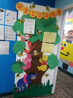 Winnie the pooh Mickey Mouse Classroom, Disney Classroom, Toddler Classroom, Kids Daycare, Classroom Door, Preschool Classroom, Classroom Themes, Daycare Ideas, Future Classroom