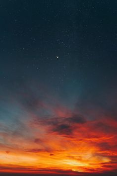 lsleofskye: Luna - Self Assassin Red Sky At Morning, Free Live Wallpapers, Phone Wallpapers, Night Sky Wallpaper, Nature View, Sky Art, Amazing Drawings, Sky Aesthetic, Night Skies