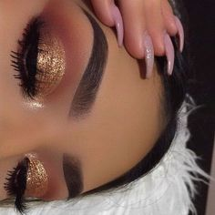 gold half cut crease