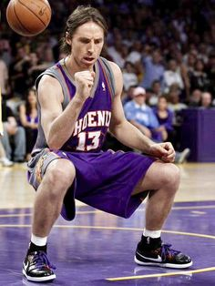 Steve Nash, Canadian, Phoenix suns & Laker's star point guard - out for the season with nerve damage in his spine Back Injury, Sport Icon, Phoenix Suns, Sports Basketball, Nba, Basketball Association, Arizona, Favorite Things, Style
