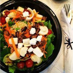 Além de ser uma opção de comida mais saudável, saladas são fáceis de preparar e uma delícia. Confira essa receita de salada de cogumelos.