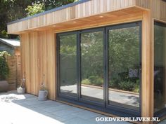 Garden room construction Garden Gym with Storage Room Backyard Studio, Backyard Sheds, Summer House Garden, Home And Garden, Gym Shed, Garden Room Extensions, Garden Cabins, Cedar Cladding, Home Gym Design