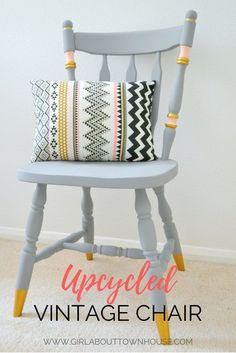 Upcycling ideas: chalk paint chair makeover - Girl about townhouse - Need some ideas for upcyling wooden chairs? Psst, over here – check out my step by step DIY! Refurbished Furniture, Paint Furniture, Upcycled Furniture, Furniture Projects, Bedroom Furniture, Crate Furniture, Furniture Styles, Diy Upcycling Projects, Vintage Furniture