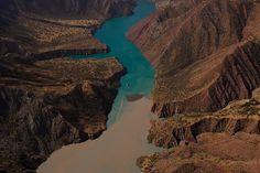 YannArthusBertrand2.org - Fond d écran gratuit à télécharger || Download free wallpaper - Lac Nourek, Tadjikistan (38°22' N - 69°20' E).