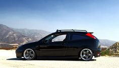 Black, low Ford Focus Mk1