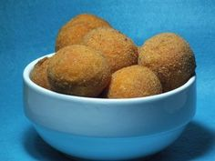 Arancini are small rice balls that are packed with cheeses, sauces, herbs and flavor they are the most popular street food next to gelato in Italy! Potato Croquettes, Potato Crisps, Croquettes Recipe, Beef Recipes, Dog Food Recipes, Tapas, Crispy Potatoes, Food Categories, Italian Dishes
