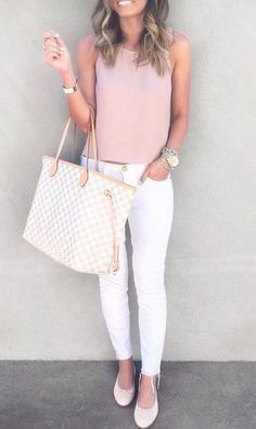Beautiful Spring Outfits You Need To Get Right Now Related Catchy Summer Outfits To Impress Everyone / 017 black crop top and gray shorts.summer outfits 215 stylish summer outfits for women to wear all day Fashion Mode, Look Fashion, Womens Fashion, Fashion Trends, Fashion Inspiration, Fashion Ideas, Trendy Fashion, Fall Fashion, Latest Fashion