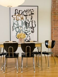Chrome Chairs | Dining Room | Black and White | Oversize Poster | Atomic Interiors | Retro Design | Colorful Rooms