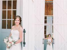 Toni + Justin | The White Sparrow Barn Wedding | Quinlan, TX | T