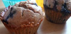 Simple Blueberry Muffins - So delicious and easy! you can add some lemon zest and it's Lemon/blueberry muffins or replace with raspberries and make raspberry lemon muffins. DELICIOUS, paleo and gluten free :) Paleo Recipes Easy, Muffin Recipes, Real Food Recipes, Hcg Recipes, Sweet Recipes, Recipies, Paleo Blueberry Muffins, Blue Berry Muffins, Blueberry Cupcakes