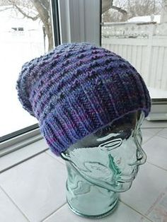This is a very simple pattern using texture to create a thermal hat that can be made as a beanie or by adding more repeats, a slouchier version. Great for handspun yarn! Crochet Beanie, Knit Or Crochet, Knitted Hats, Crochet Hats, Slouch Beanie, Loom Knitting, Knitting Patterns Free, Baby Knitting, Hat Patterns