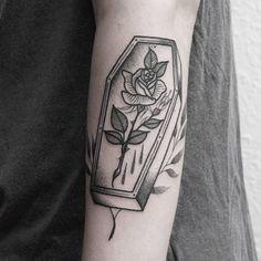 Coffin for lovely Joy  thanks girl   #TAOT#blackworkerssubmission#blxckink#btattooing#blacktattooart#germantattooers#ladytattooers#iblackwork#tttpublishing#tattedskin#ninemag#inkstinctsubmission#blacktattoomag#tattooculturemagazine#equilattera#theartoftattoos#topclasstattooing#txttooing