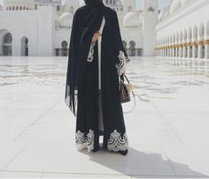 The ever popular abaya is back for pre order! This stunning piece consists of black nida material with white lace stitched to the bottom and cuffs ...