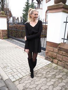 Das kleine Schwarze - eine Neuinterpretation mit passenden Accessoires. Hier kann man sehen, wie aus einem klassischen Allrounder ein lässiger Hingucker wird... Fashion Mode Style Stiel Streetstyle