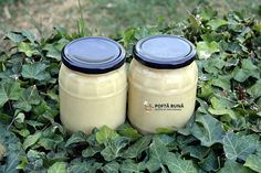 Branza la borcan Romanian Food, Kefir, Pickles, Mason Jars, Food And Drink, Cooking Recipes, Yummy Food, Canning, Chow Chow